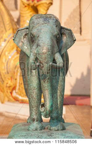 Bronze elephant sculpture at the entrance to Wat Chedi Luang, Chiang Mai, Thailand