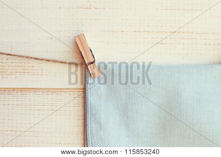 Pinned linen