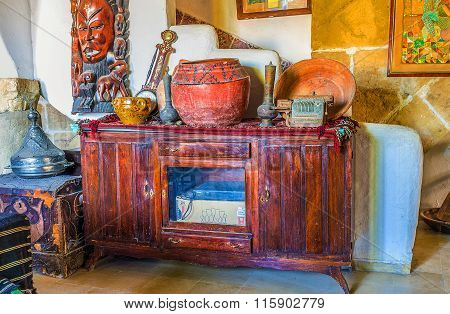 The Wooden Cabinet