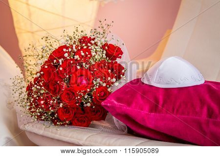 Kippah And Bouquet With Red Roses