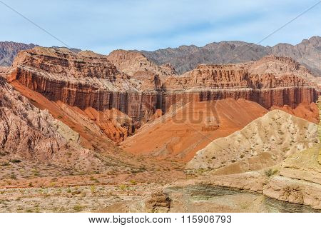 Colorful Rock Formations In The Quebrada De Las Conchas, Argentina