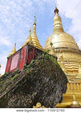 Clear sky at beauty Pagoda Shwemawdaw, Myanmar