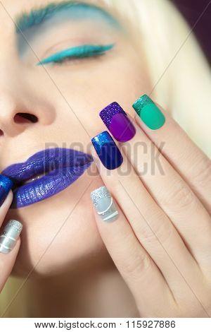 Blue turquoise makeup and makeup.