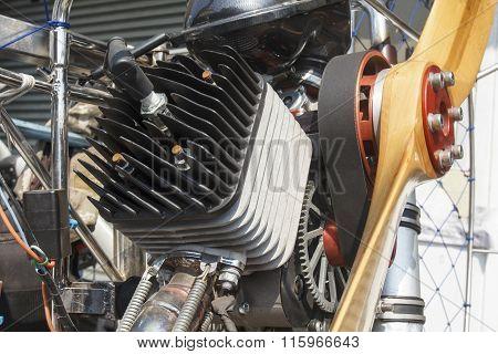 Engine of para motor or para glider