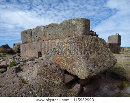 Pre-incan Burrial Site Sillustani With Chulpas