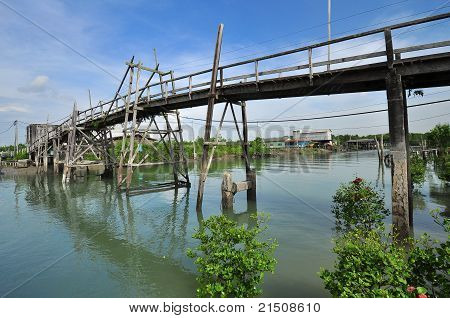 wooden bridge in the swamp fishing village