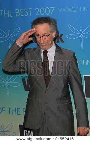 BEVERLY HILLS - JUN 14: Steven Spielberg at the Women in Film 2007 Crystal and Lucy Awards at the Beverly Hills Hilton in Beverly Hills, California on June 14, 2007