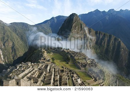Macchu Picchu Morning Mist
