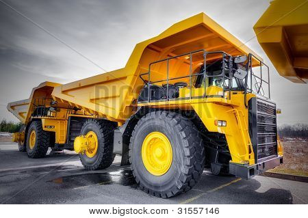 Large Haul Truck