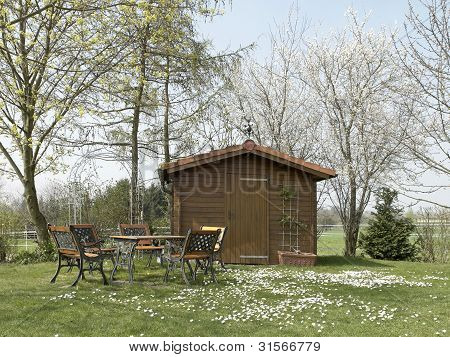 Peaceful Summerhouse