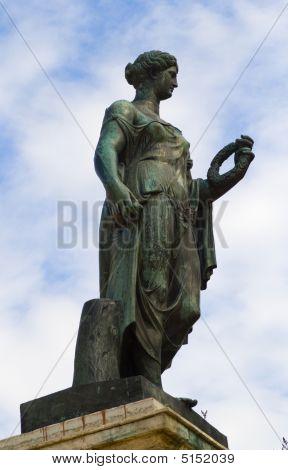 Estátua de bronze