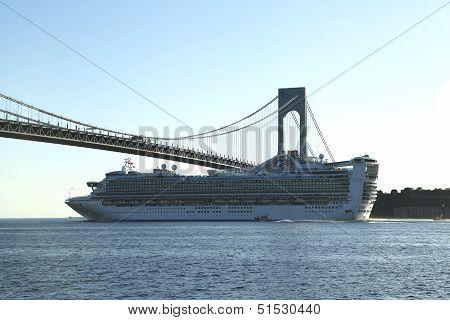 Caribbean Princess Cruise Ship under Verrazano Bridge