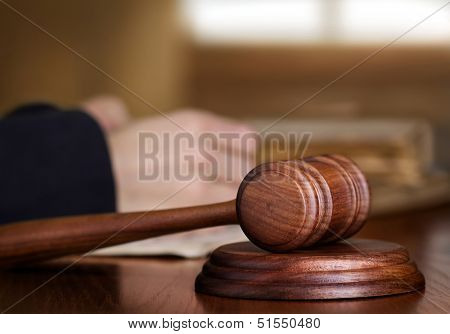 Gavel & judge