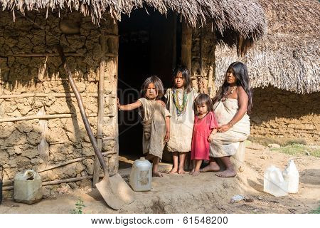 Wiwa Indian Family