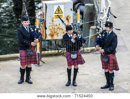 Scottish Musicien Bagpiper7