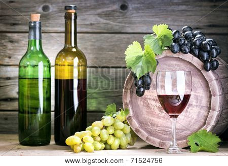 bottle of vine on  wooden background