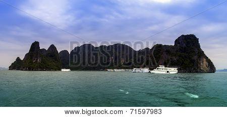 Island Panorama.