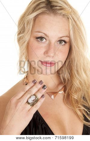 Woman Finger Cameo Ring On