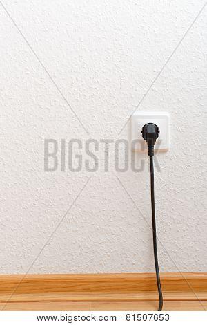 Single Electric Socket With Plug