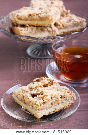 Apple, Nut Crumble Slice