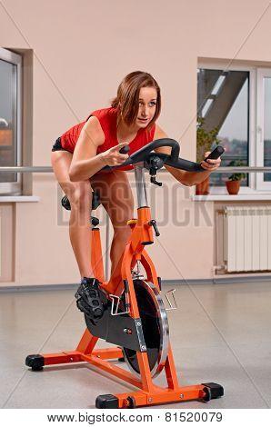 Gym woman exercising