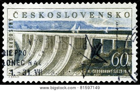 Vintage  Postage Stamp.  Dam Power Station And Reservoir.