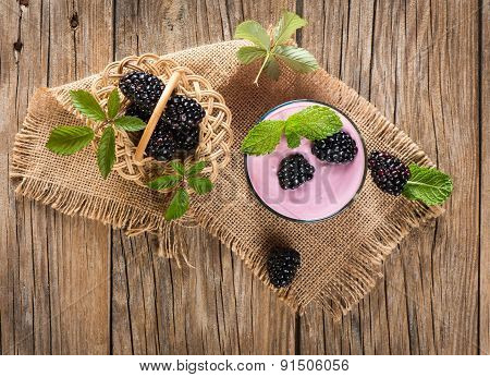 Blackberry Milkshake
