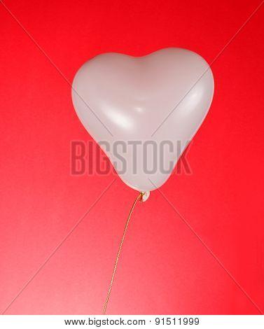 White heart baloon