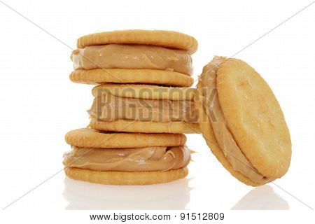 peanut butter and crackers
