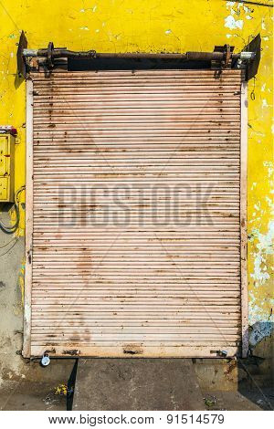 Closed Shops On The Hindi Day Of Rest