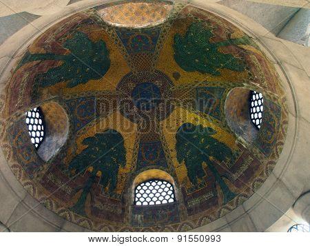 Symbols inside of Izrael Poznanski Mausoleum.
