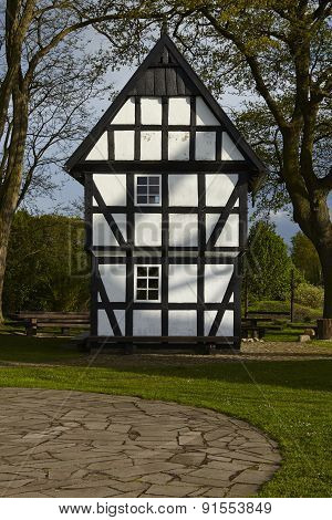 Windmill Levern (stemwede, Germany) - Small Half-timbered House