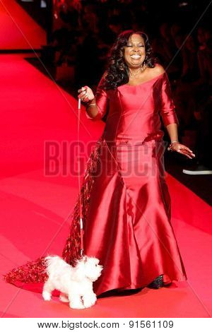 NEW YORK-FEB 12: Star Jones wears B Michael America at Go Red for Women-The Heart Truth Red Dress Collection at Mercedes-Benz Fashion Week at Lincoln Center on February 12, 2015 in New York City.