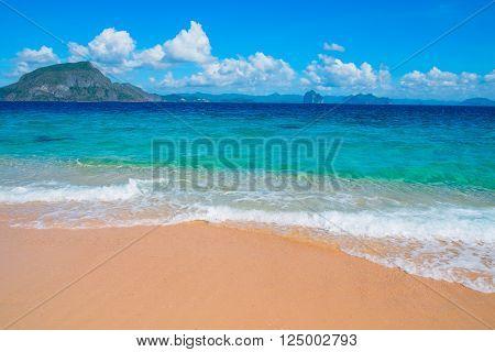 Tropical sand beach, El Nido, Palawan, Philippines, Southeast Asia