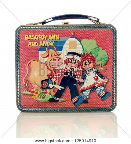 Winneconne, WI - 8 April 2016: Lunch box featuring Raggedy Ann and Andy on an isolated background.