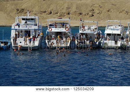 Hurghada, Egypt - November 12, 2006: Wonderful sea and diving. Tour on tourist ships on Red sea