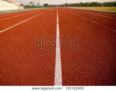 Ground Running, track running, track rubber run