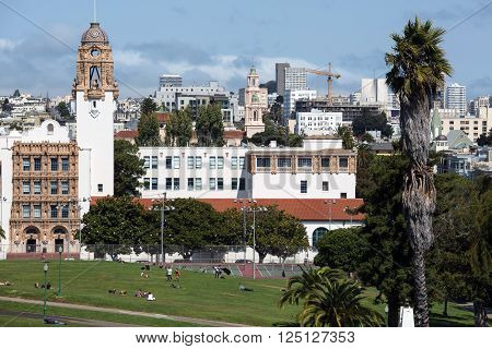 View of San Francisco buildings in city center