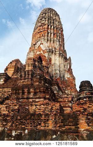 Close up of Wat Chaiwattanaram ruins, Ayuthaya, Thailand
