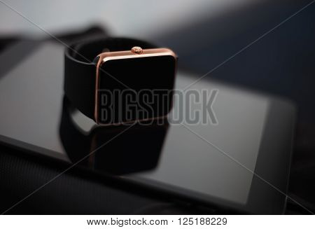 Smart Wrist Watch And Tablet Pc