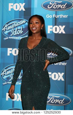 LOS ANGELES - APR 7:  Amber Holcomb at the American Idol FINALE Arrivals at the Dolby Theater on April 7, 2016 in Los Angeles, CA