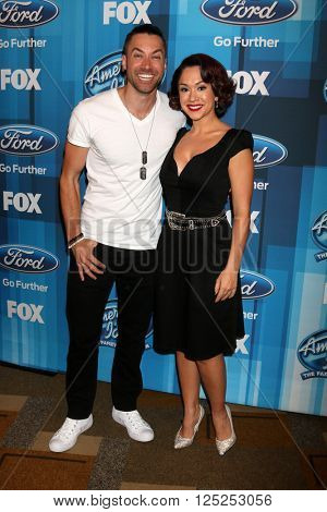 LOS ANGELES - APR 7:  Ace Young, Diana DeGarmo at the American Idol FINALE Arrivals at the Dolby Theater on April 7, 2016 in Los Angeles, CA