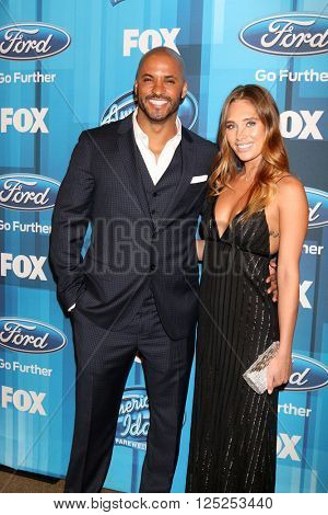 LOS ANGELES - APR 7:  Ricky Whittle at the American Idol FINALE Arrivals at the Dolby Theater on April 7, 2016 in Los Angeles, CA