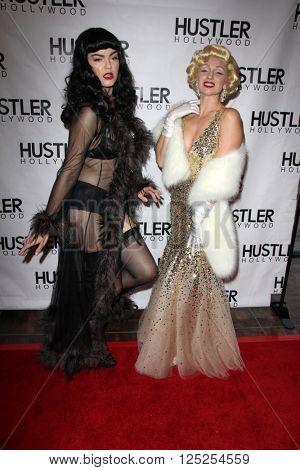 LOS ANGELES - APR 9:  Atmosphere at the Hustler Hollywood Grand Opening at the Hustler Hollywood on April 9, 2016 in Los Angeles, CA