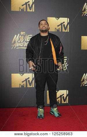 LOS ANGELES - APR 9:  O'Shea Jackson at the 2016 MTV Movie Awards Arrivals at the Warner Brothers Studio on April 9, 2016 in Burbank, CA