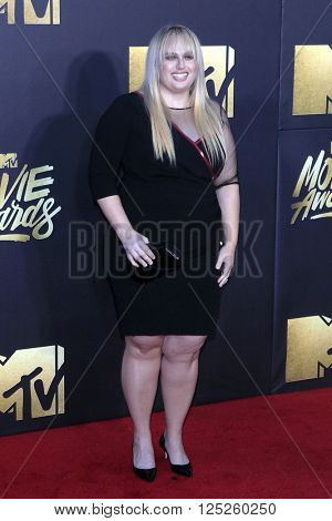 LOS ANGELES - APR 9:  Rebel Wilson at the 2016 MTV Movie Awards Arrivals at the Warner Brothers Studio on April 9, 2016 in Burbank, CA