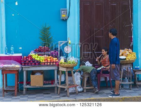 GRANADA NICARAGUA - MARCH 20 : Fruit stand in Granada Nicaragua on March 20 2016. Granada was founded in 1524 and it's the first European city in mainland America