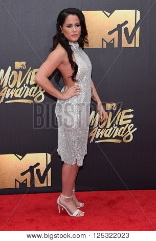 LOS ANGELES - APR 09:  Jenelle Evans arrives to the Mtv Movie Awards 2016  on April 09, 2016 in Hollywood, CA.