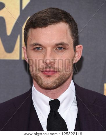 LOS ANGELES - APR 09:  Ed Skrein arrives to the Mtv Movie Awards 2016  on April 09, 2016 in Hollywood, CA.