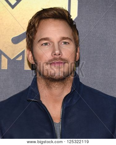 LOS ANGELES - APR 09:  Chris Pratt arrives to the Mtv Movie Awards 2016  on April 09, 2016 in Hollywood, CA.